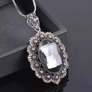 Gorgeous Cubic Zirconia Pendant Necklace